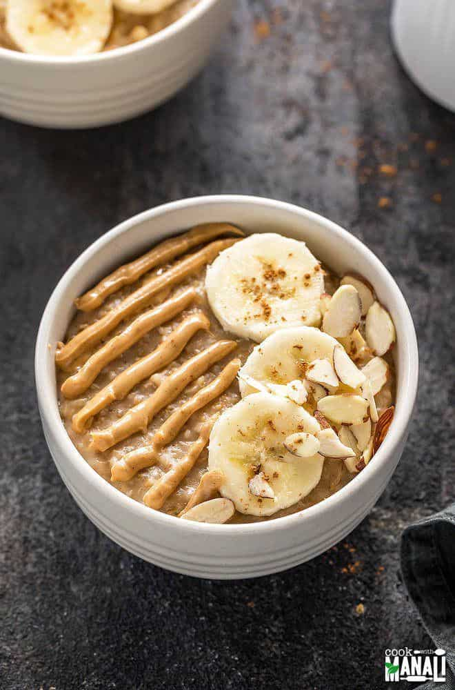 Banana Oatmeal with Peanut Butter
