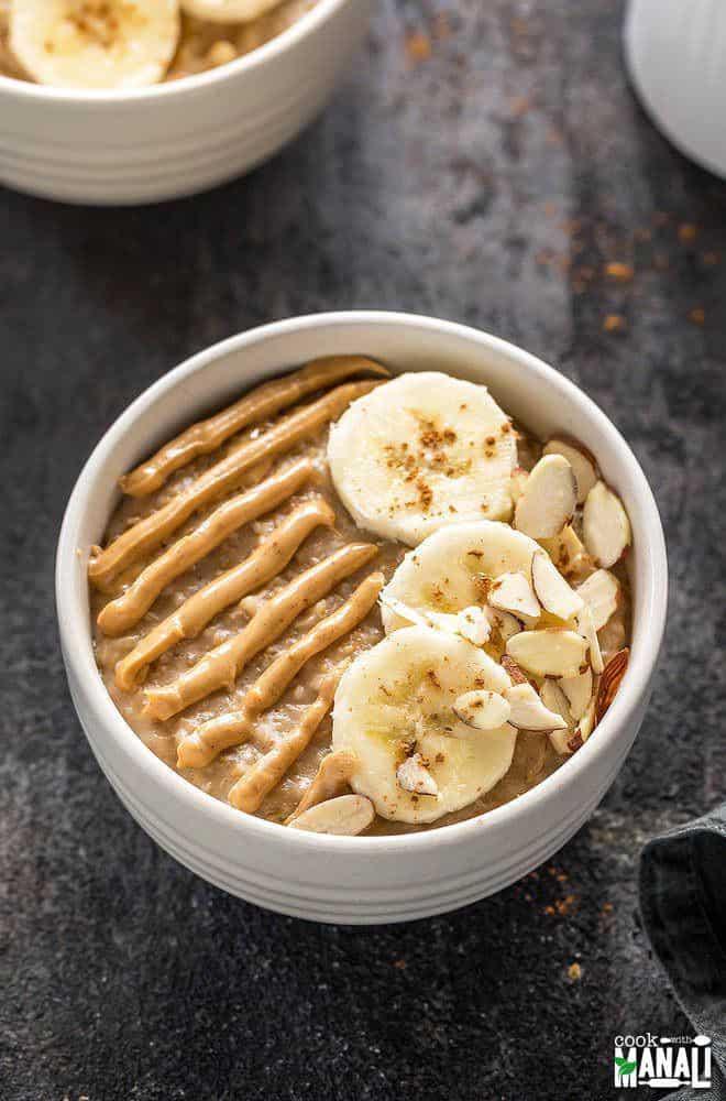 Banana Oatmeal with Peanut Butter