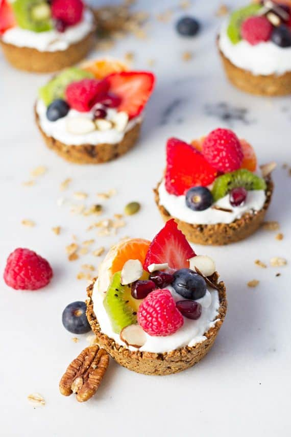 Mini Breakfast Tart with Date Crust