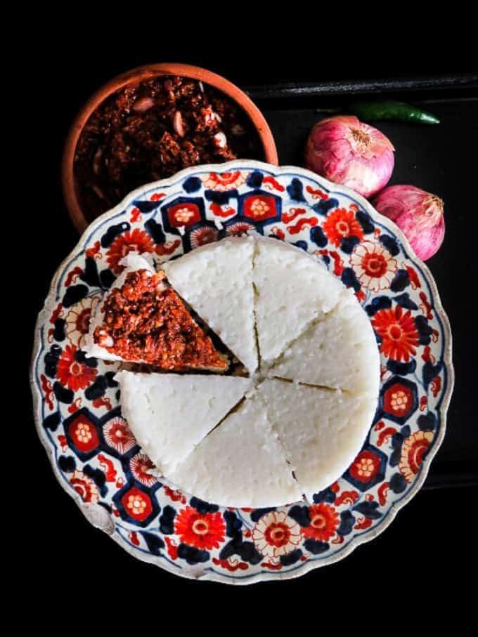 How to make Sri Lankan kiribath (milk rice)