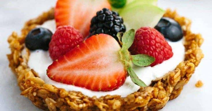 Breakfast Granola Fruit Tart with Yogurt