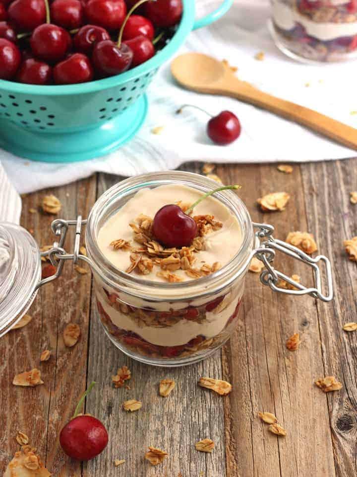 Coffee yogurt with granola parfait