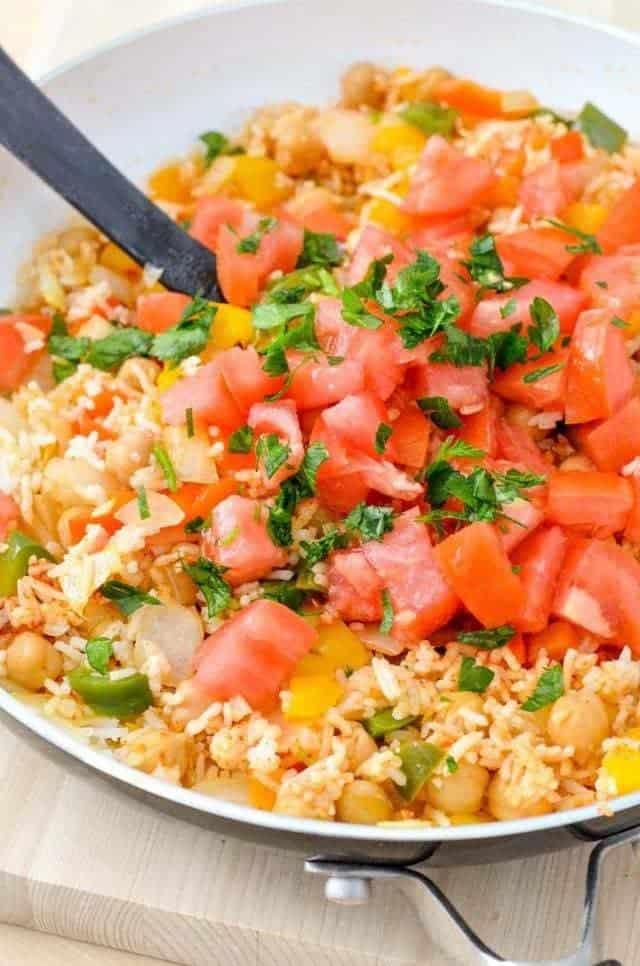 Vegan Mediterranean-style Rice Dish