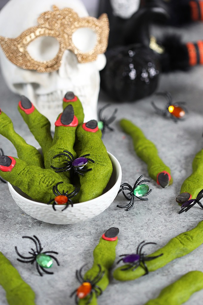Green Witch's Fingers from Shortbread Cookies