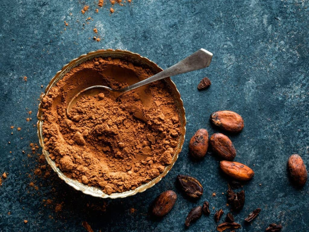 Cocoa Powder for Dark and Curly Hair