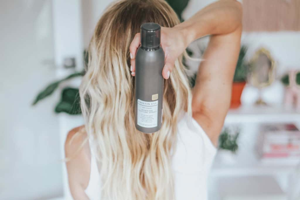 Pros and Cons of Dry Shampoo