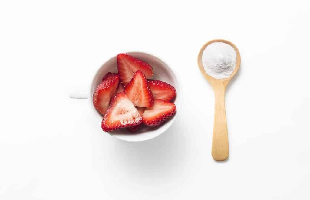 Baking Soda and Strawberry