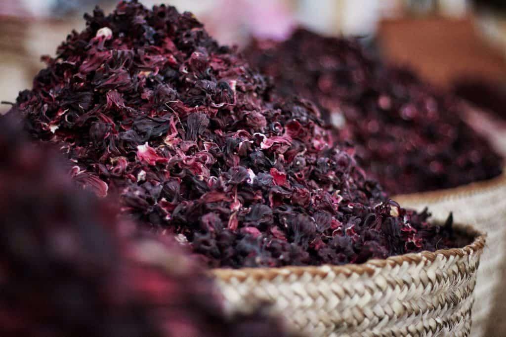 Simple Ways to Make Hibiscus Tea
